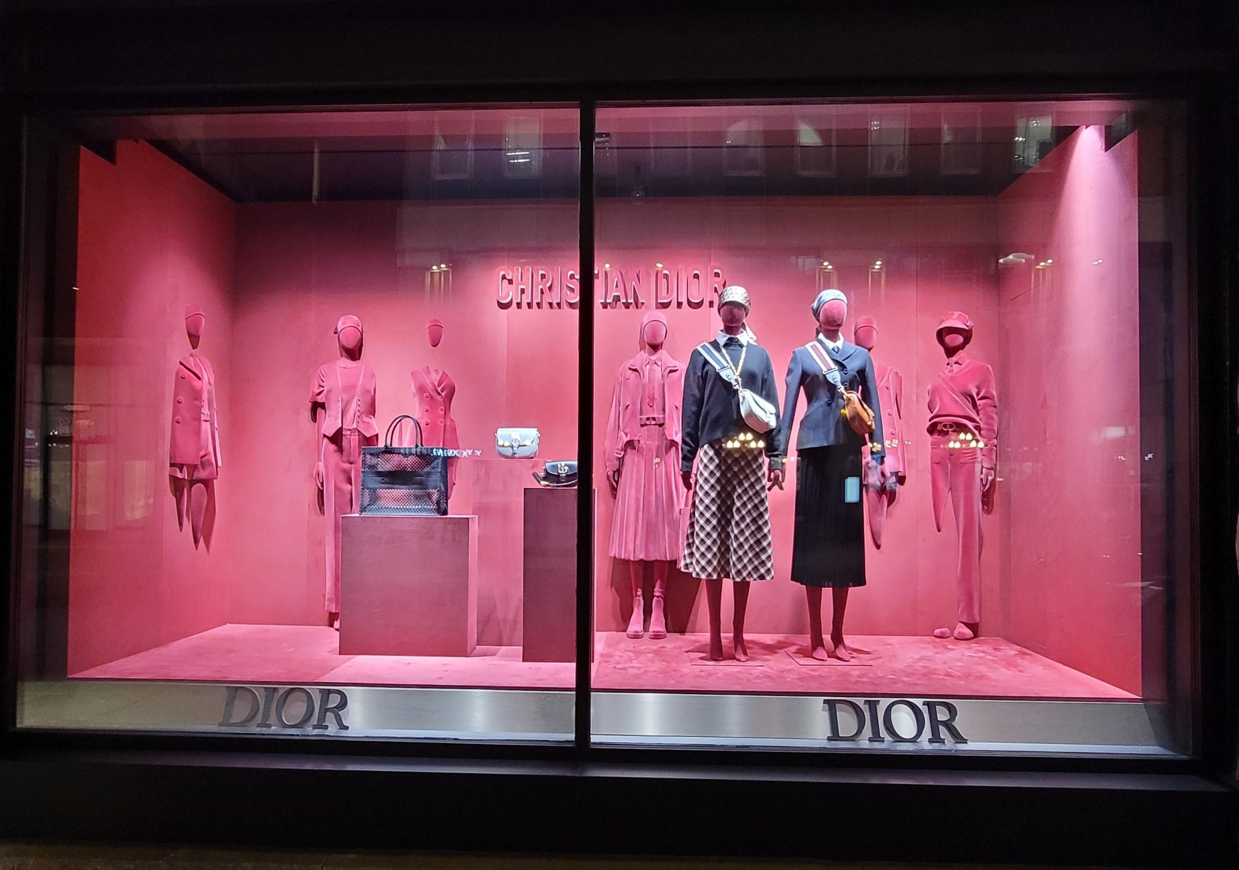 Christian Dior – Holt Renfrew – Ogilvy Montreal